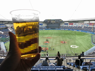 球場ビールはんまい
