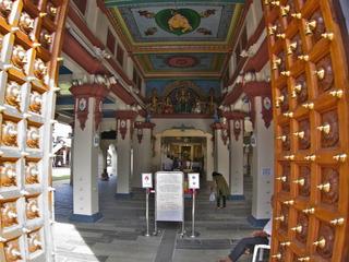 寺院内部は撮影禁止