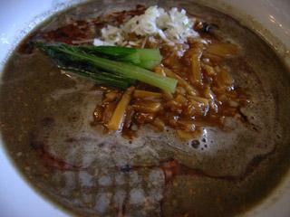 担々麺(黒)@麺や食堂ブラジル