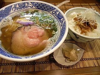 十三(津軽ラーメン・豚バラ丼)