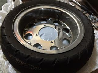 タイヤ処分1