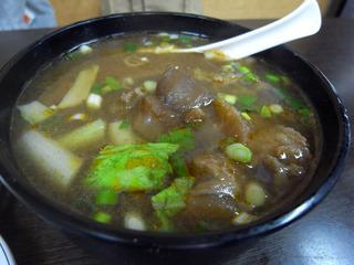 良い目の牛肉麺