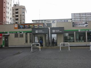 福井駅を出ると