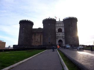 ヌオーヴォ城