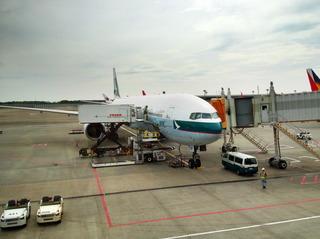 成田で搭乗待ち