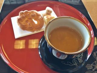 琉球菓子とさんぴん茶