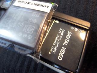 デジカメバッテリー互換機