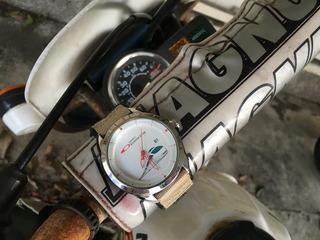 ロマンスカー腕時計