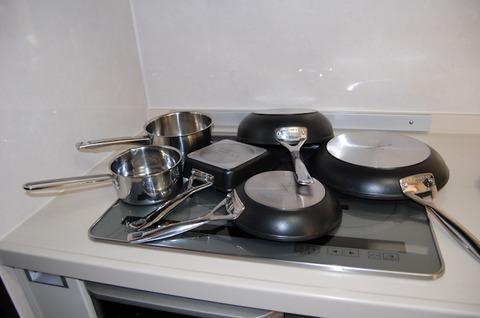 お鍋は「洗う」じゃなくて「磨く」