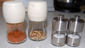 調味料容器7