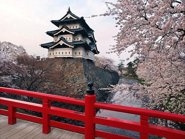 640px-Hirosaki_castle