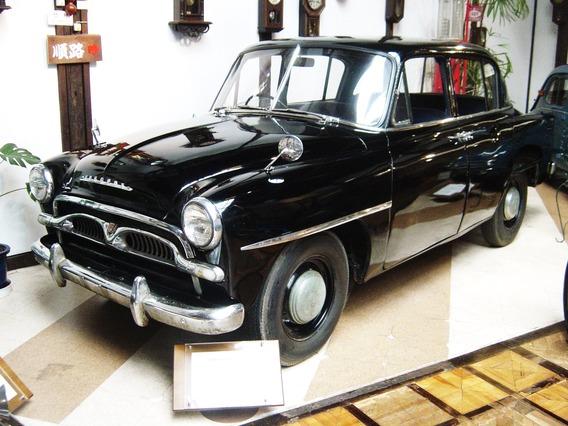 Toyota-crown-1st-generation01