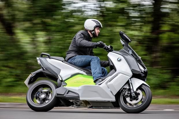 バイクと! Bmwの電動ビッグスクーターが結構良さそう