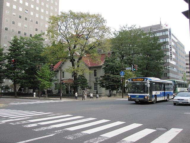640px-Sapporo-Clock-Tower
