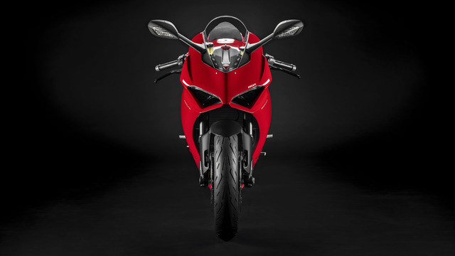 Panigale-V2-Red-MY20-03-gallery-1920x1080