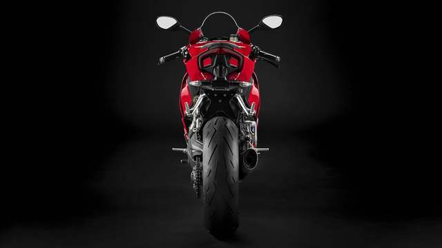 Panigale-V2-Red-MY20-04-gallery-1920x1080