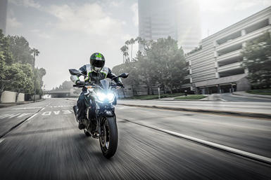 news_181106-Z400_action