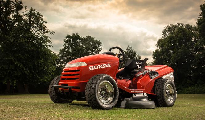 honda_lawn_tractor_vtr_1000_01