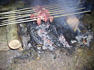 320px-Preparing_Shashlik_on_Fire-1