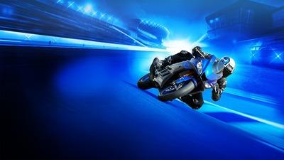 2019-Yamaha-YZF-R320-EU-Yamaha_Blue-Keyvisual-001-04