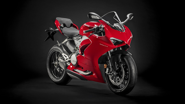 Panigale-V2-Red-MY20-02-gallery-1920x1080