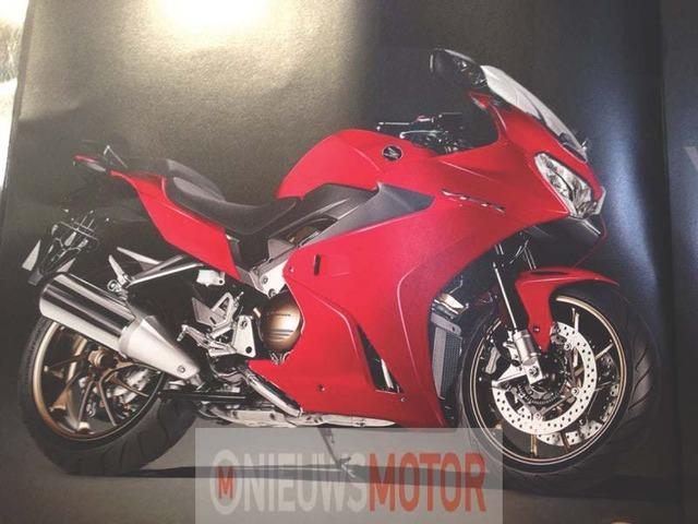 2014_Honda_VFR800F