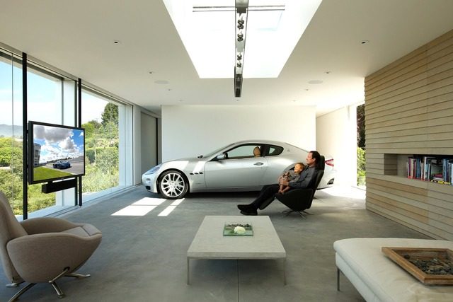 Garage-with-modern-interior-design