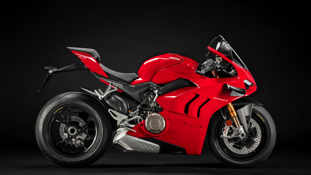 Panigale-V4-S-MY20-Red-02-Gallery-1920x1080