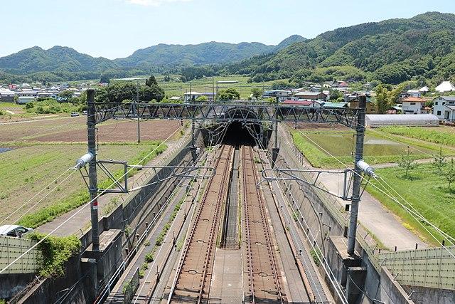 中山トンネル (上越新幹線)