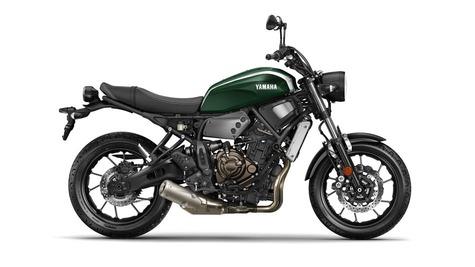 2016-Yamaha-XSR700-EU-Forest-Green-Studio-002