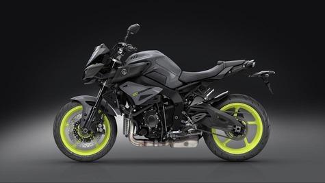 2016-Yamaha-MT-10-EU-Night-Fluo-VR360-023