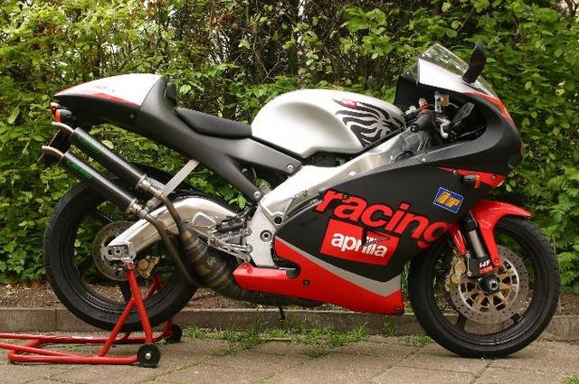 Aprilia-RS-250-2001-1