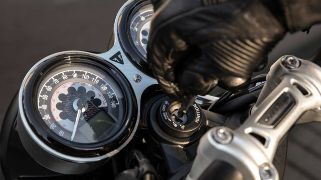 SpeedTwin-family-feature-3-1410x793