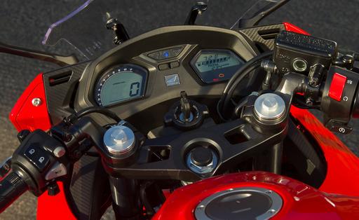 2014-Honda-CBR650F-7326