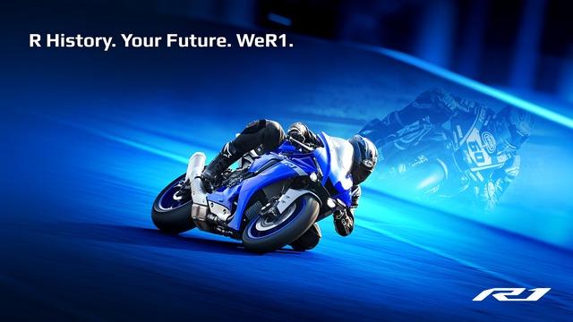 2020-Yamaha-YZF1000R1-EU-Yamaha_Blue-Keyvisual-001-04