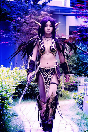 11-world-of-warcraft-cosplay-girls05