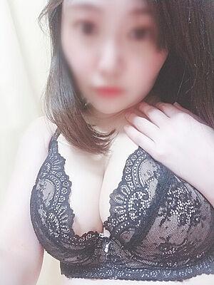 12933033_300_400