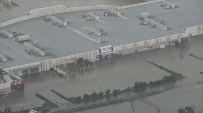 イオン小郡ショッピングセンター冠水