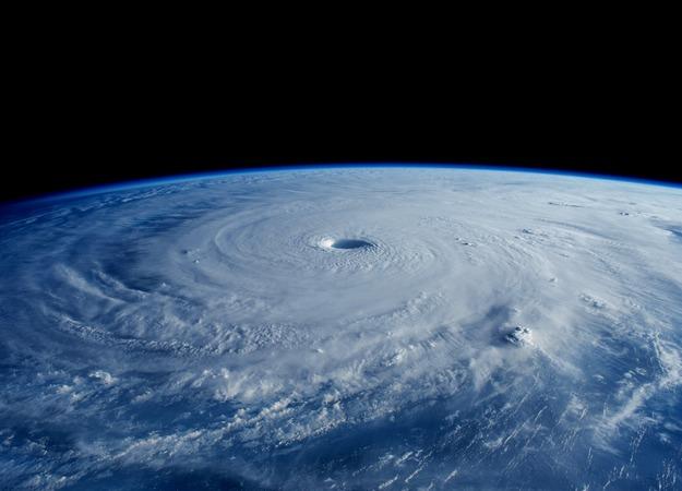 台風20号ノグリー爆誕。米軍の進路予想が怖すぎる
