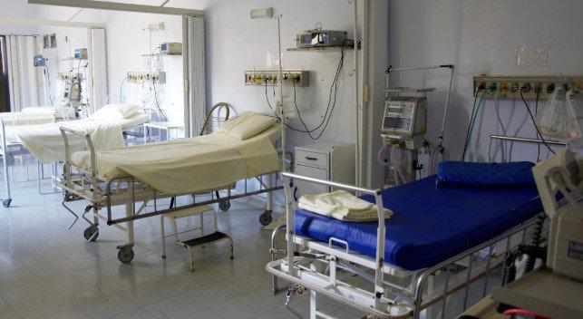 大阪の病院に入院している友人からヤバい写真が送られてきた