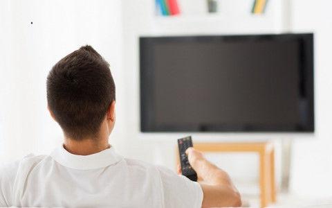 アパートの空き部屋に内見者が来た「TVの音量を最大にして反撃中www」