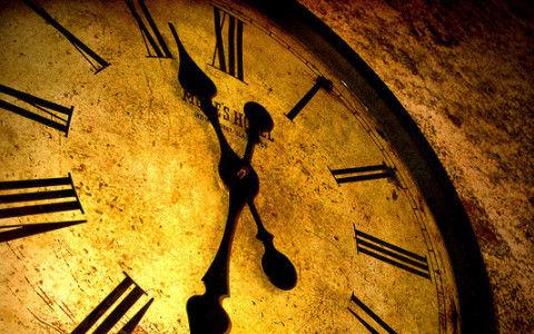 ワイ、時間を5秒戻せる能力持ちなんだけど「金儲けの仕方でいい方法ないか?」