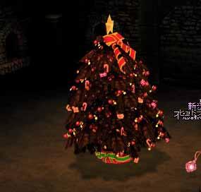 女神像の代わりにクリスマスツリー