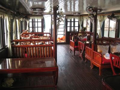 HALONG BAY 2010 581