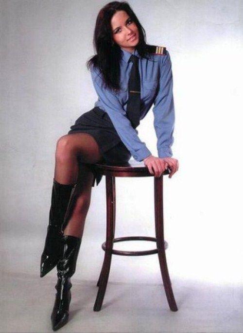 世界の美しい女性警察官ギャラリー。 : 強くて美しい女性警察官・女性兵士 - NAVER まとめ
