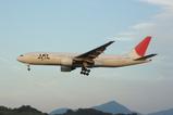 JAL B77200