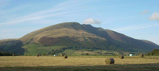 1024px-Blencathra_from_Castlerigg
