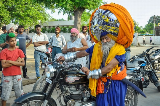 Worlds-longest-turban2