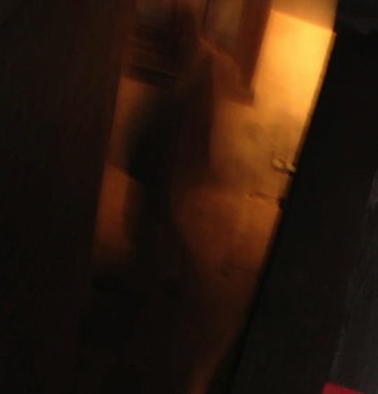 Ghostly-figure-snapped-at-Nottinghams-Galleries-of-Justice