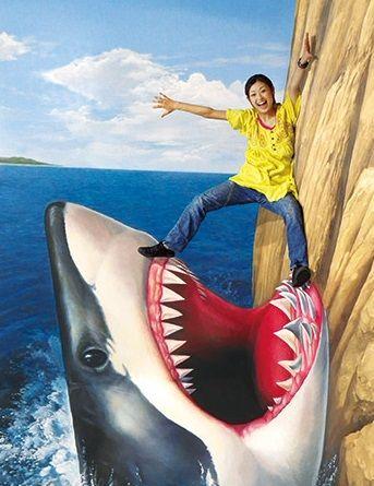 トリックアート展 サメ